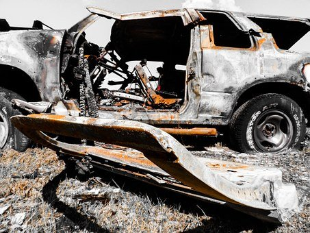 Suspect in Crash that Killed 5 Charged with 42 Counts