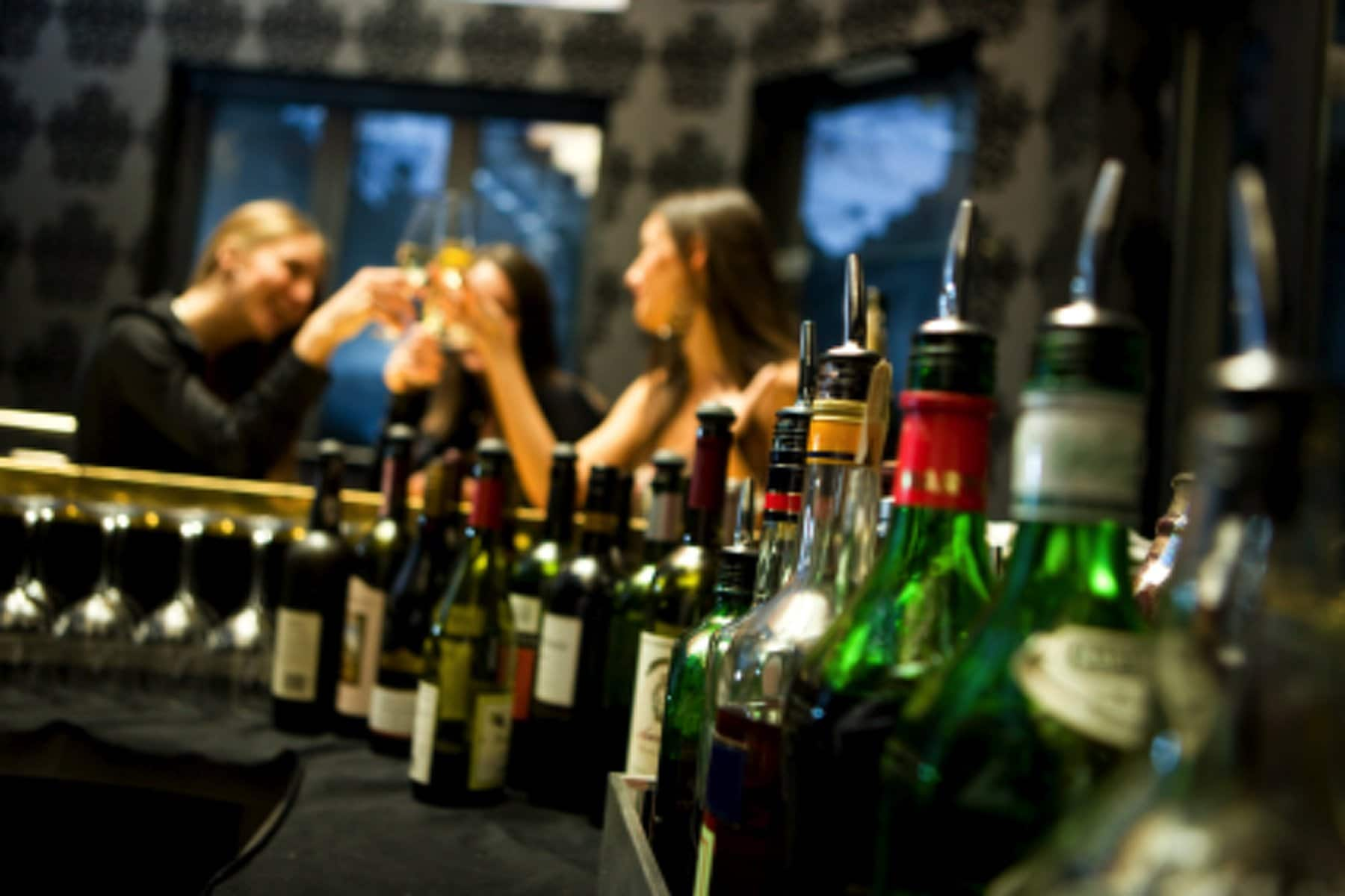 New York Drunk Driving Accident Lawyers Explain How Bars Can be Liable for Drunk Patrons