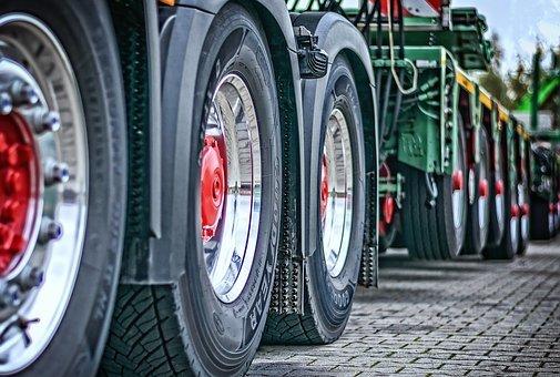 Update: Danbury Tractor-Trailer Hits New York Patrol Car
