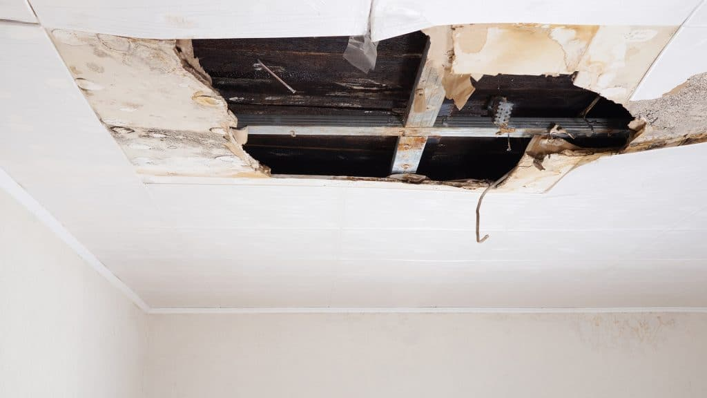 In Case Of Ceiling Collapse, Be Ready to Share All the Damage Details